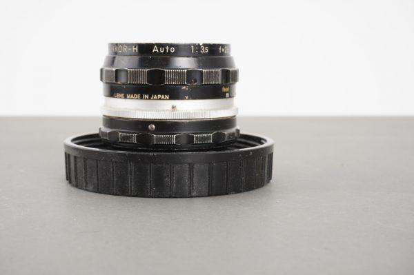 Nikon Nikkor-H Auto 28mm 1:3.5 preAI lens