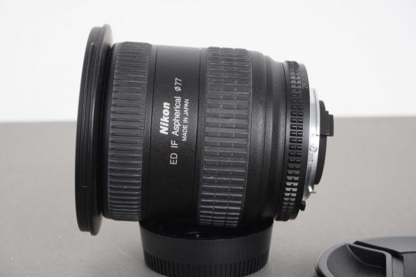 Nikon AF Nikkor 18-35mm 1:3.5-4.5 D ED lens