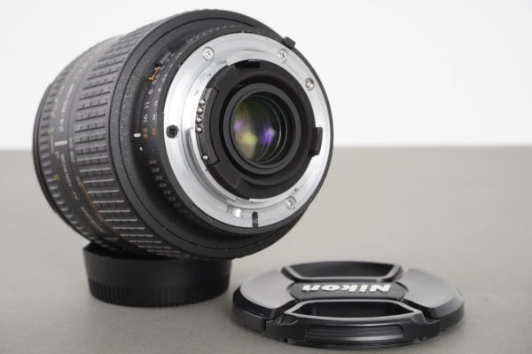 Nikon AF Nikkor 24-85mm 1:2.8-4 D Aspherical Macro lens