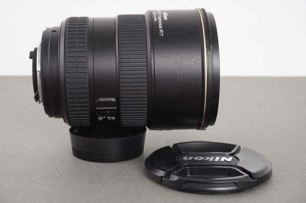 Nikon AF-S Nikkor 17-55mm 1:2.8 G ED DX lens