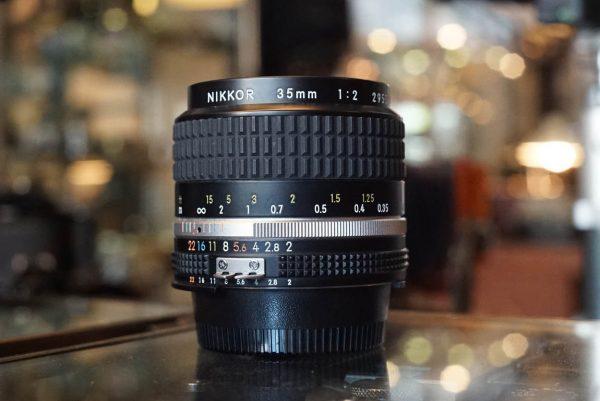 Nikon Nikkor 35mm 1:2 AI-s lens