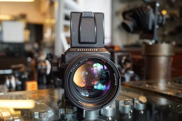 Hasselblad 2000FC/M kit with Carl Zeiss Planar 1:2 / 110mm
