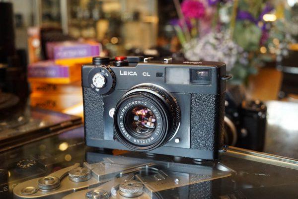Leica CL + Leitz Summicron-C 1:2 / 40mm lens
