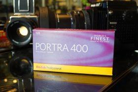 Kodak Portra 400 / 120 roll film, 5 pack