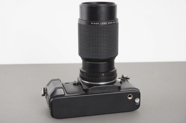 Nikon Lens Series E Zoom 75-150mm 1:3.5 on F301 camera