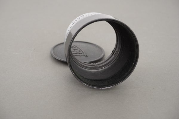 Leica / Leitz lens hood for Hektor13.5cm and Elmar 9cm lenses, with cap