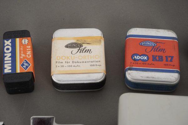 Minox ME1 + Minox films + extras