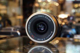 Carl Zeiss Biogon 2.8 / 28mm T* lens for Contax G1 / G2