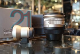Carl Zeiss Biogon 2.8 / 21 T* for Contax G2, Boxed