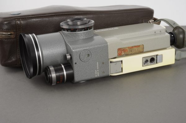Leicina 8V 8mm camera, cased