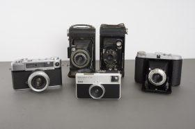 5x vintage cameras, including Yashica, Franka, Kodak