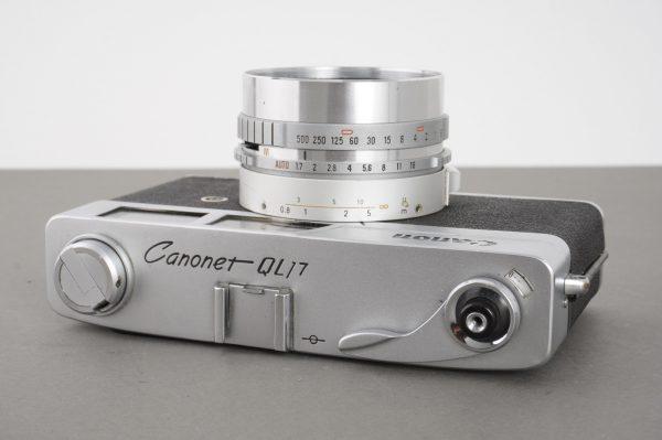 Canon Canonet QL17 camera