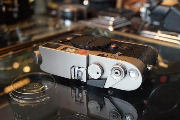 Leica M6 Titan body Boxed