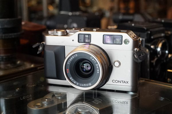 Contax G1 kit with Distagon 28mm