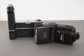 Nikon MD-2 + MB-1 + SB-25