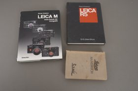various Leica books, literature and manuals, all in German