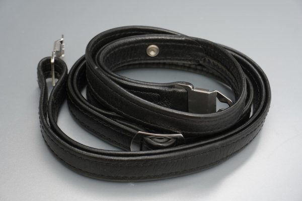 Hasselblad narrow leather camera strap