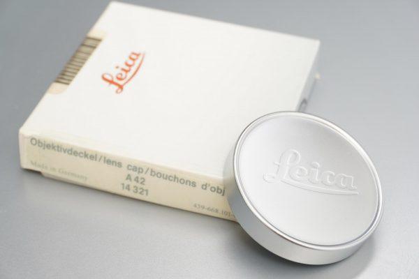 Leica 14321 front lens cap A42. Boxed