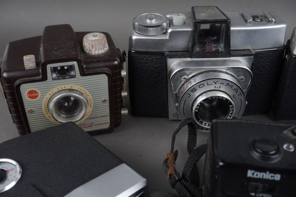 6x vintage cameras, Agfa, Kodak, Fujica, Konica