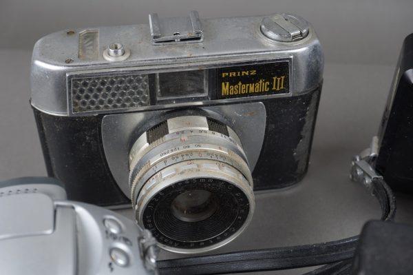 5x vintage cameras, Minolta, Cosina, Canon