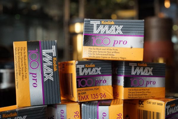 1x Kodak Tmax 100 pro 135-36 expired 2003