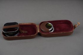 Rollei bayonet 1 set of 2x filters (yellow, green) and hood – cased